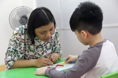 Tâm sự nghẹn lòng của những cô giáo dạy trẻ tự kỷ