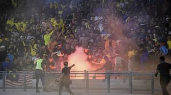 Hơn 40 cổ động viên bị bắt sau trận vòng loại World Cup giữa Malaysia và Indonesia