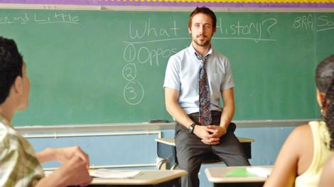 Bộ phim đi qua năm tháng - Half Nelson: Quả ngọt từ người thầy không hoàn hảo