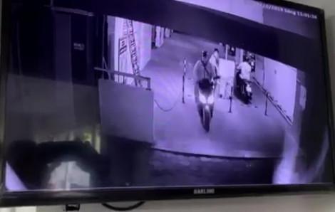 Mải xem đá bóng, trộm vào chung cư lấy xe máy như chốn không người