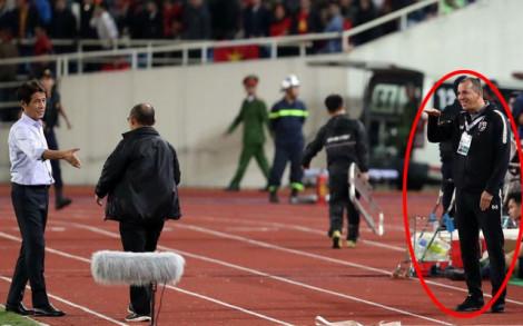 Trợ lý HLV đội tuyển Thái Lan có nguy cơ bị phạt nặng vì cười khẩy, mỉa mai HLV Park Hang-seo?