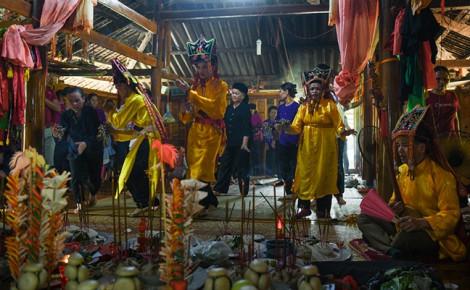 'Đại lễ Lẩu Then của người Tày Lạng Sơn' giành giải đặc biệt