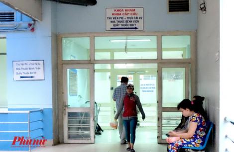 Nhóm côn đồ vứt dao tháo chạy tán loạn trong Bệnh viện Nhân dân Gia Định