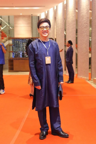 Sao Việt đổ bộ thảm đỏ 'Liên hoan phim Việt Nam' lần thứ 21