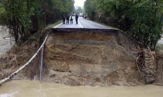 Bão lụt tàn phá Nam Âu, 'gây ra sự hủy diệt giống như trong Kinh Thánh'