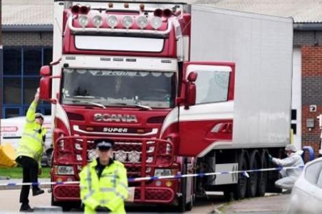Bắt thêm một nghi phạm trong vụ 39 người Việt chết trong container ở Anh