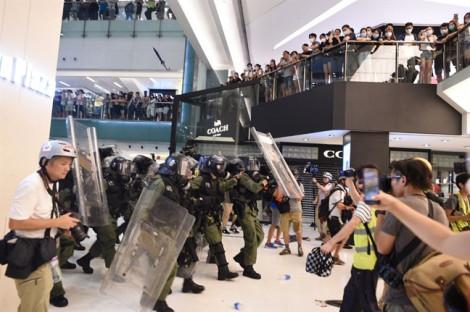 Giới bán lẻ hàng hiệu Hồng Kông lãnh hậu quả từ biểu tình