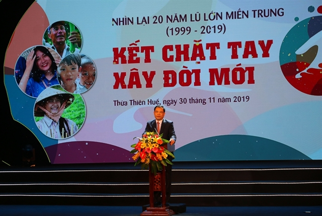 20 nam lu lon mien Trung: 'Ket chat tay, dung doi moi'