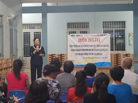 Truyền thông bình đẳng giới bằng tiếng Việt và tiếng Hoa