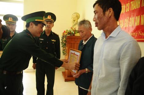 Vụ ngư dân nhặt được heroin có chữ Trung Quốc: Khen thưởng người dân nhặt và giao nộp