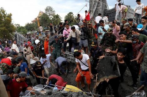 Nhà ăn đang xây trong chùa Campuchia bị sập, 3 người chết