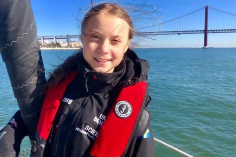 Greta Thunberg: Xin đừng đánh giá thấp 'những đứa trẻ giận dữ'!