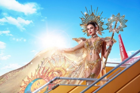 Hoa hậu liên lục địa Karen Gallman 'Bảo vệ hành tinh xanh - Bay nhanh cùng Vietjet'