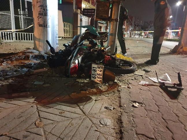 Cong an Binh Duong thong tin vu nghi xe Canh sat giao thong truy duoi xe may dan den chet nguoi