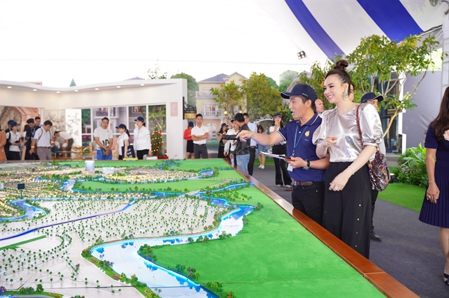 Suc hut cua Aqua City tai Novaland Expo