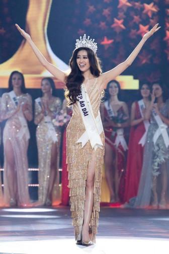 Nguyễn Trần Khánh Vân đăng quang 'Hoa hậu Hoàn vũ Việt Nam 2019'