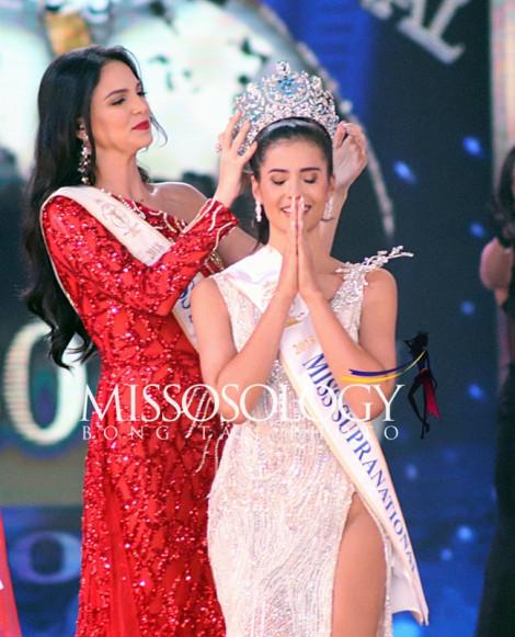 Vẻ đẹp lai của tân Hoa hậu Siêu quốc gia 2019