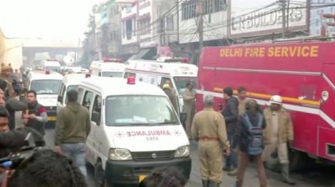 Hỏa hoạn giữa đêm tại nhà máy Ấn Độ làm ít nhất 40 người thiệt mạng