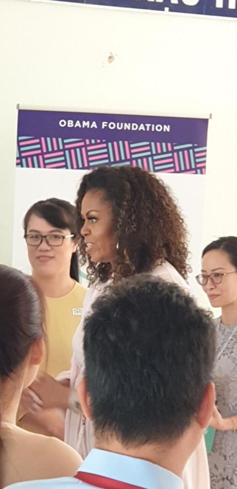 Cựu đệ nhất phu nhân Mỹ Michelle Obama giản dị xuất hiện tại Việt Nam