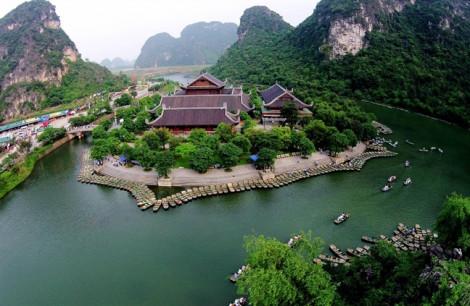 Quá tải du khách, Ninh Bình vẫn đăng cai Năm Du lịch quốc gia 2020