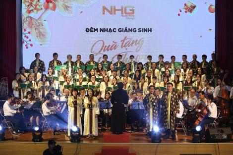 Gần 2.000 khán giả hòa nhịp cùng đêm nhạc Giáng sinh NHG