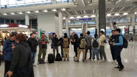 Nữ diễn viên TVB từng làm kẻ thứ ba bị ném đá khi trở về quê nhà