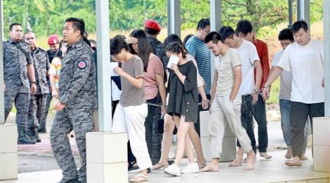 Malaysia phạt tiền 152 người Trung Quốc lừa đảo