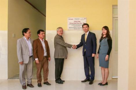 Hanwha Life Việt Nam tặng phòng khám 2,8 tỷ đồng cho Trung tâm y tế huyện Krông Bông