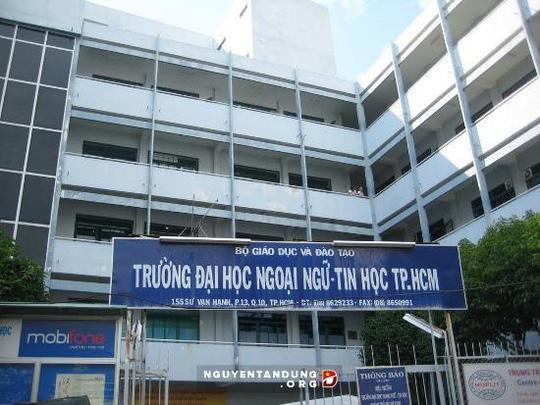 Truong dai hoc Ngoai ngu Tin hoc TP.HCM  khong du thanh vien Hoi dong quan tri: Khong hop le