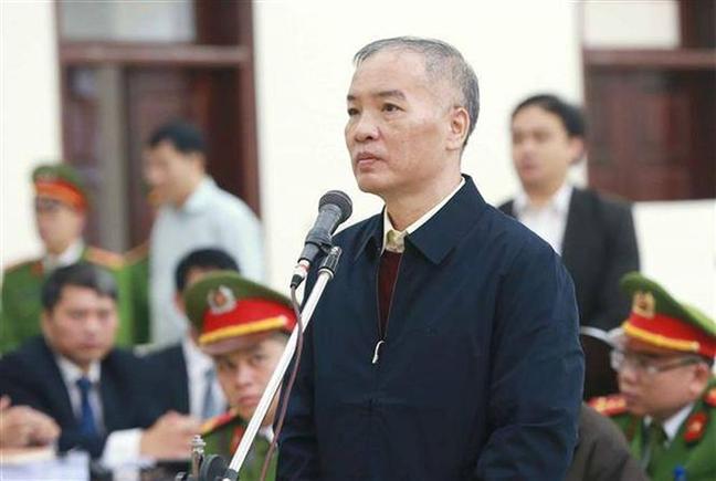 Cuu Chu tich MobiFone: 'Bo truong phat lenh 1 tieng nua ky hop dong thi toi moi biet'