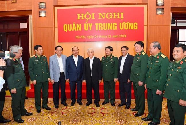 Tong bi thu, Chu tich nuoc Nguyen Phu Trong: Kien quyet dau tranh lam that bai am muu 'phi chinh tri hoa' quan doi