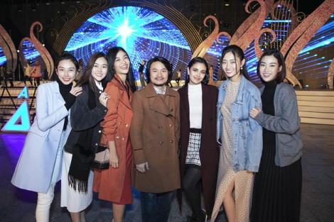 Hai nàng hậu Việt đọ sắc với Hoa hậu Thế giới 2013