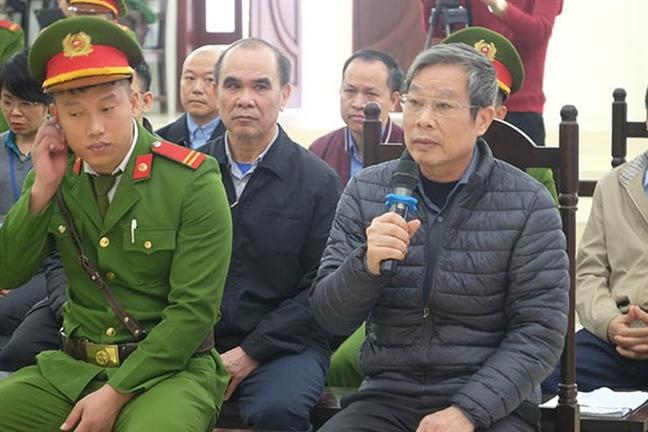 Luat su bao chua cho ong Nguyen Bac Son: 'Gia dinh da gom duoc 12,5 ty dong de khac phuc hau qua'