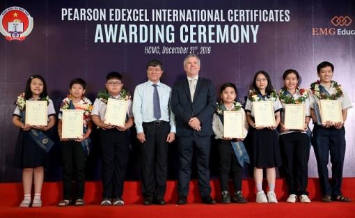 Khảo thí chứng chỉ phổ thông quốc tế Edexcel (Anh quốc): Một học sinh lớp 9 của TP.HCM có điểm toán cao nhất toàn thế giới bậc THCS