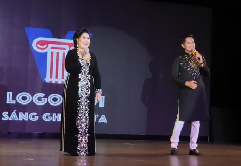 Bà bầu NSND Hồng Vân giao 'con' cho diễn viên Minh Luân