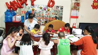 Cầu nối giữa chính quyền và cộng đồng người Hoa