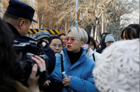Trung Quốc: Một phụ nữ chưa lập gia đình kiện bệnh viện từ chối đông lạnh trứng