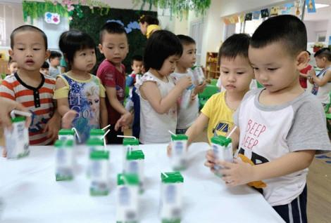 Bộ Y tế cho rằng việc thêm 21 vi chất vào sữa là theo đề nghị của Viện Dinh dưỡng quốc gia