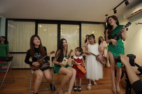 Học viện đào tạo nhạc cụ chuẩn Anh quốc hỗ trợ dạy nhạc cho trẻ khó khăn