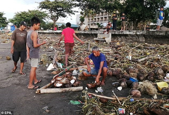 Bao Phanfone khien it nhat 16 nguoi thiet mang tai Philippines
