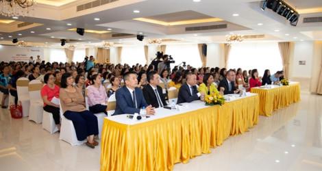 Sun Life Việt Nam đưa chương trình 'Phụ nữ với quản lý tài chính cá nhân' đến với phụ nữ khắp cả nước