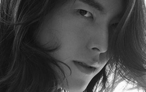 Kim Woo Bin vẫn đẹp trai như ngày nào sau 2 năm điều trị ung thư