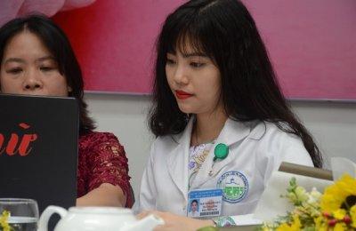 Giao lưu trực tuyến: Làm đẹp không phẫu thuật có thực sự an toàn?
