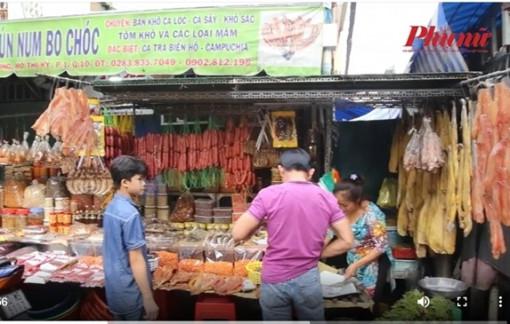 Đầu năm đi chợ Campuchia giữa trung tâm Sài Gòn
