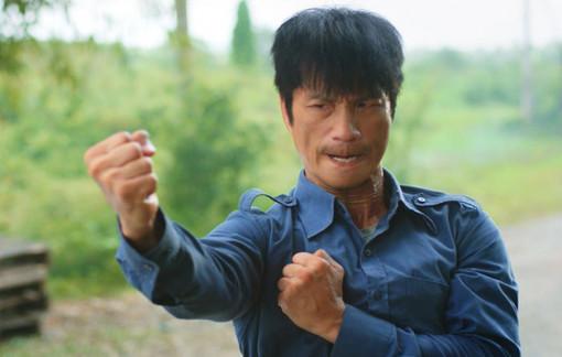 Dustin Nguyễn kiện nhà sản xuất vì bị cắt vai