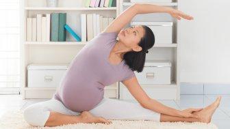 Thời tiết giao mùa, mẹ bầu cần làm gì để mình và bé cùng khỏe?