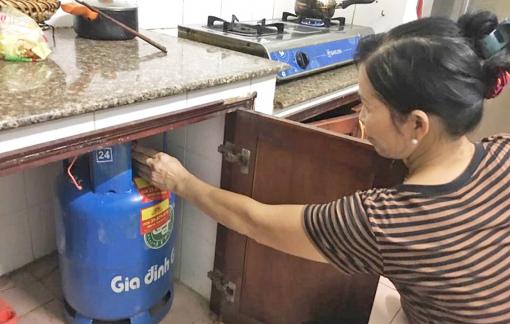 Cửa hàng, đại lý tự nâng giá gas bán lẻ