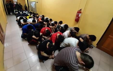 Malaysia phạt tiền 131 người Trung Quốc ở quá hạn, thiếu giấy tờ