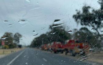 Những cơn mưa nhẹ ở Úc có thể gây khó khăn hơn là giúp chữa cháy