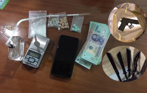 Phát hiện 3 đối tượng mua bán ma túy có tàng trữ súng